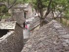 石巷石径、石墙石院... 兴隆庄古村野逸拙朴